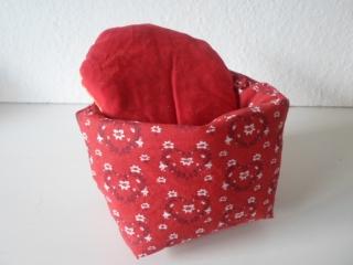Eierkörbchen/ Eierwärmer *Cuore* für's VALENTINS-Frühstück rot mit Deckel nach Wahl von friess-design