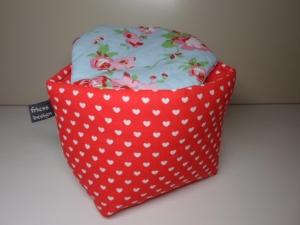 Eierkörbchen/ Eierwärmer *Cuore* für VALENTINS-Frühstück Baumwolle rot mit Deckel nach Wahl von friess-design