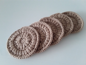 Kosmetikpads/ Abschminkpad Baumwolle *beige* 5 Stück von friess-design - Handarbeit kaufen