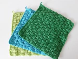 gestrickte Waschlappen aus Baumwolle im 3er-Set *grün* von friess-design  - Handarbeit kaufen