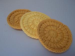 Kosmetikpads/ Abschminkpad Baumwolle *gelb* 3 Stück von friess-design  - Handarbeit kaufen