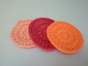 Kosmetikpads/ Abschminkpad Baumwolle *rot* 3 Stück von friess-design  - Handarbeit kaufen