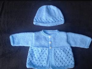 handgestricktes blaues Babyjäckchen und - mützchen, Gr. 62 - Handarbeit kaufen