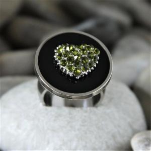 Ring mit Strassherz - aus Edelstahl - individualisierbar - Handarbeit kaufen