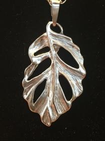 Silberanhänger handgemacht - stilisiertes Blatt - Unikat - Handarbeit kaufen