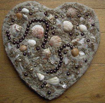 Muschelbild  STRANDGUT  Collage Geschenk zu Valentinstag Muttertag Herz Herzbild Handarbeit Unikat Badezimmerbild  - Handarbeit kaufen