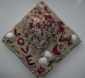 Muschelbild LOVE Collage Geschenk zu Valentinstag Muttertag Herz Herzbild Muscheln   - Handarbeit kaufen