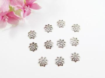 100 Perlenkappen 8mm, filigran, in Blumenform, Farbe silber antik - Handarbeit kaufen