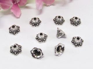 100 Perlenkappen 8mm, in Glockennform, Farbe silber antik - Handarbeit kaufen