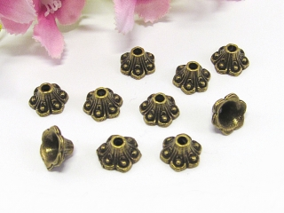 100 Perlenkappen 8mm, in Glockennform, Farbe bronze