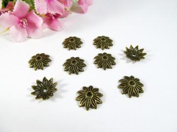 30 Perlenkappen 12mm, in Blütenform. Farbe bronze
