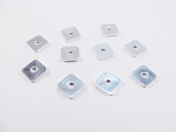 30 Spacer / Zwischenperle Quadrat 8x8mm, Farbe silber - Handarbeit kaufen