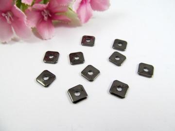 50 Spacer / Zwischenperle Quadrat 6x6mm, Farbe schwarz - Handarbeit kaufen