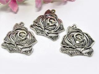 5 Rose Anhänger / Charm, Farbe silber antik