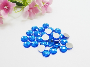 30 Cabochons aus Acryl, 8mm, facettiert, Farbe blau - Handarbeit kaufen