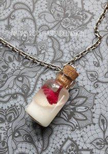 Muttermilchschmuck Fläschchen mit Glitzer, Blattmetall,Blüten