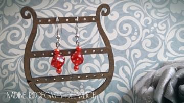- Ohrhänger Würfel - Perlen hängend rot