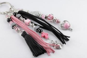 Taschenbaumler Anhänger für die Handtasche in schwarz-rosa-silbern