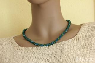 Häkelkette Türkis Blau Grün Goldfarben Perlenkette