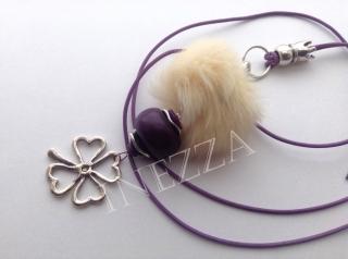 Lange Kette mit Fellperle und Lederband lila violett silberfarben - Handarbeit kaufen
