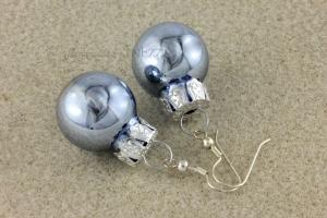 Ohrringe Weihnachtskugeln als Gag für die Weihnachtsfeier ☆ blau glänzend silbern ☆ - Handarbeit kaufen