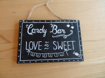 Holzschild Candybar, handbemalt mit Tafelkreidefarbe für eine  Vintagedekoration