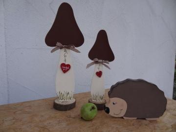Braune Pilze aus Holz liebevoll handbemalt, 2 teilig