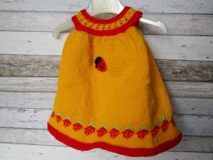 gestricktes Baby-Kleidchen Gr. 62/68
