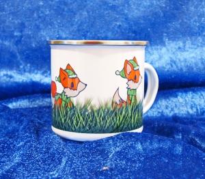 Emaille Tasse mit farbigem Rand bedruckt mit kleinen Füchsen