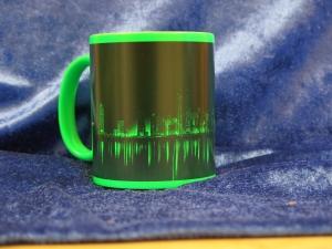Kaffeebecher Neon-Grün Londoner Skyline bei Nacht