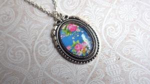 Himmelblau und Rosali - silberfarbene Halskette Vintage Stil mit Gemme Bauernblumen Trachtenschmuck