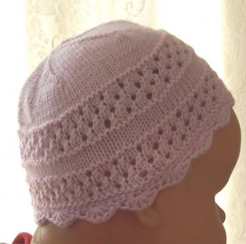 rosafarbene Baby- Mütze - handgestrickt - verschiedene Strickmuster