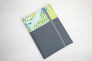 U-Hefthülle mit Innenfächern für 1 bis 2 Kinder aus hochwertigen Stoffen