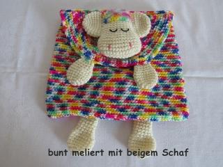 gehhäkelte Schlafanzugtasche mit Schaf, auch als Kissenhülle verwendbar
