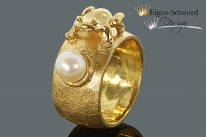 Goldschmiede Froschring , Goldschmiedearbeit, massive Arbeit, TOP Qualität, Schmuck Handmade, Frosch, Perlenring, Goldring, Gold, Weihnachten  - Handarbeit kaufen