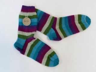 Handgestrickte Wollsocken in Größe 36 / 37 in türkis, lila und natur gestreift