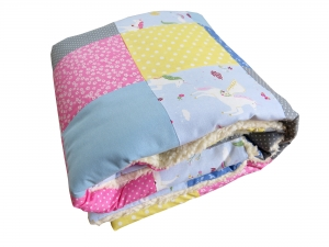 Krabbeldecke Babydecke Einhörner rosa blau gelb Baby Laufstalldecke Patchworkdecke
