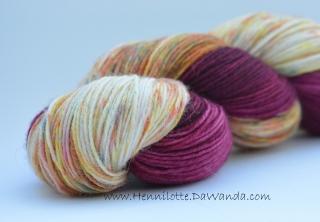Merino Sockyarn Base - 4 fädig - handgefärbt - LL 420/100g - Color No. 06
