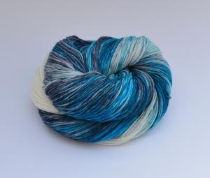Merino Pure - 100 % Schurwolle - superwash -4 fädig - handgefärbt - LL 400/100g