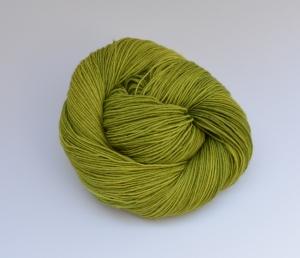 Merino Sockyarn Base - 4 fädig - handgefärbt - LL 420/100g - Color : Grashopper