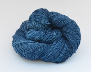 Merino Sockyarn Base - 4 fädig - handgefärbt - LL 420/100g - Color: Denim No. 02