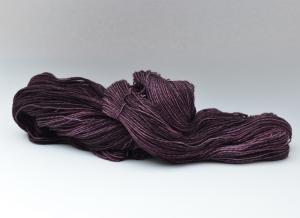 Merino Sockyarn striped  - 4 fädig - handgefärbt - LL 420/100g - Color: Aubergine No. 02