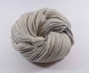 200 g Merino Sockyarn Base -  8 fädige Sockenwolle - handgefärbt - LL420 Meter - Color: SilverFox