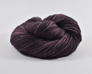 Merino Sockyarn Base - 4 fädig - handgefärbt - LL 420/100g   Eine ♥ Färbung