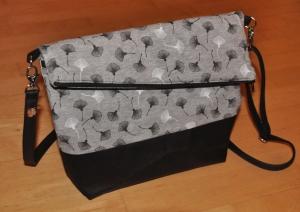 Fold-over Handtasche, hellgrau, groß - Handarbeit kaufen