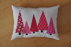 Weihnachtliches Kissen Tannenbäume, Dekokissen, Sofakissen, Kuschelkissen