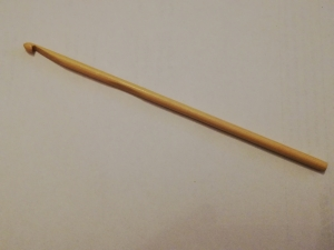 Häkelnadel Holz Bambus hell 4,5 mm