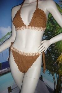 Handgehäkelter sexy brauner Neckholder Bikini in Größe 38/40