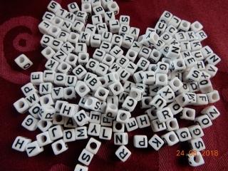kleine Buchstaben zum Basteln oder Schmuckherstellung