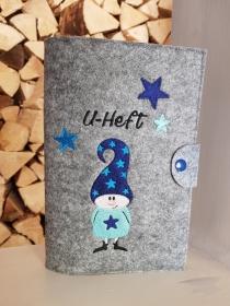 U-Hefthülle Wichtel mit Sterne blau und Wunschnamen / Datum
